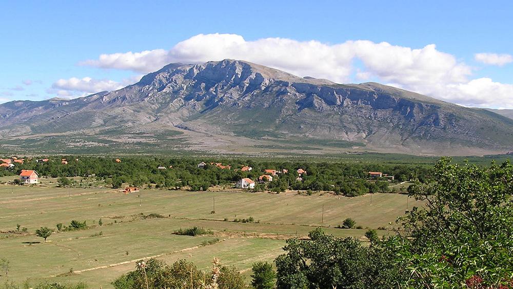 Speleološka istraživanja na širem području izvorišta rijeke Cetine i padina Dinare u 2009. godini